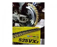 Honda CB400 Vtec and Revo JT Steel sprocket with DiD525VX3 Xring chain